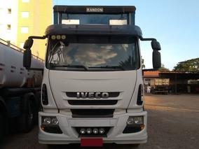 Caminhão Iveco 240e25 6x2 C/ Baú Sider Ano 2010