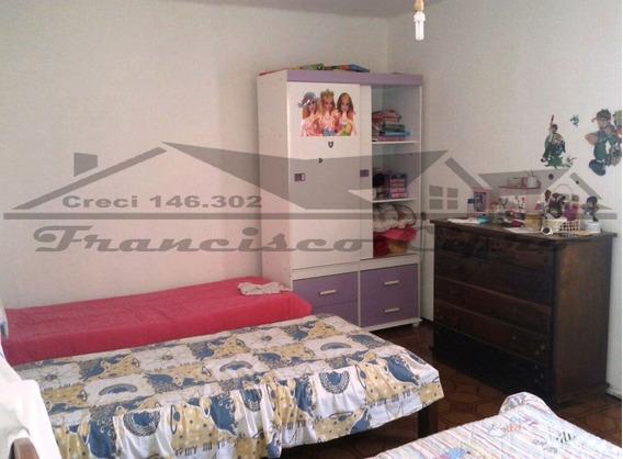 Casa A Venda No Bairro Vila Brasil Em Cruzeiro - Sp. - Cs156-1