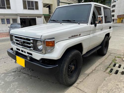 Toyota Macho Blindada