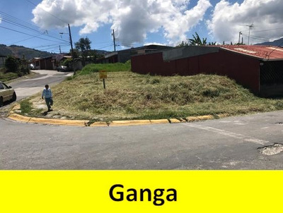 Lote Esquinero En Urbanización En Higuito Desamparados