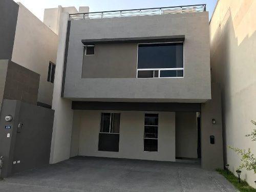 Casa En Venta En Col. Cerradas De Casa Blanca - Zona San Nicolas De Los Garza (mm)