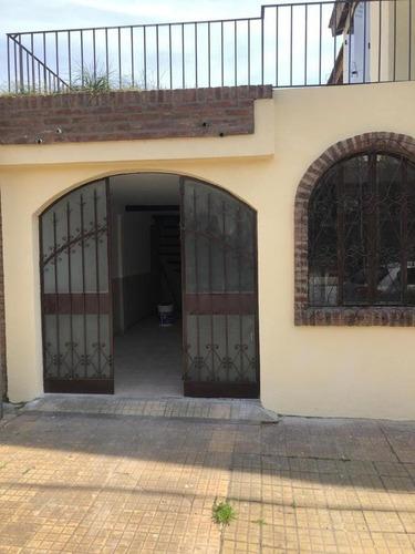 Treplex Venta 3 Dormitorios 12 Baños, Cochera, Patio, Terraza 137 Mts 2 - La Plata