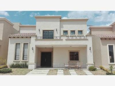 Casa Sola En Renta Residencial Provenza, Zona Plateada, Casa Club Y Alberca.