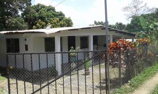 Casa En La 24 De Diciembre