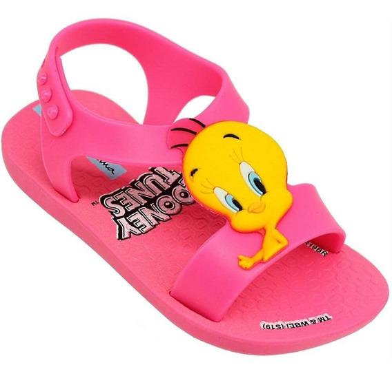 Sandália Baby Ipanema Looney Tunes Piu-piu Feminina