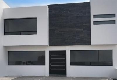 Preciosa Casa En Cañadas Del Arroyo, 4ta Recámara En P.b