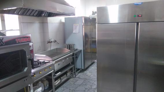 Negocio Restaurante En La Mariscal (no Propiedad)