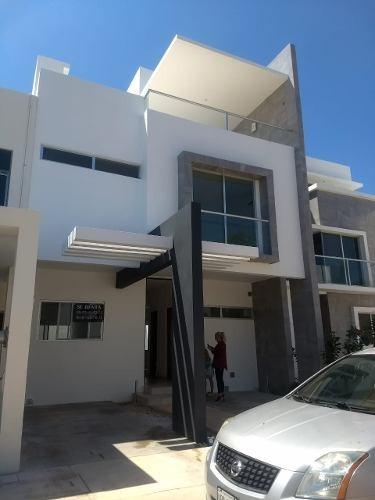Hermosa Casa En Renta Residencial Arbolada!!!!!