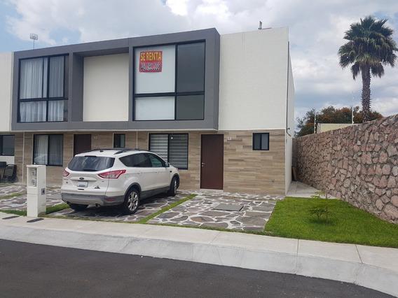 Renta Casa Nueva - Condominio Privanza / El Refugio