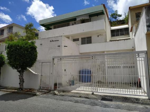 Casa En Venta El Marques Gn2 Mls19-14498