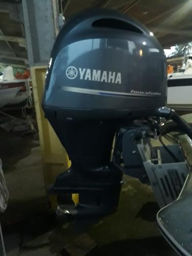 Imagem 1 de 4 de Motor De Popa Yamaha 200hp Ano 2015