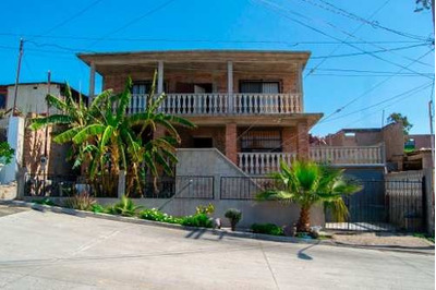 Casa En Venta En Playas De Rosarito B.c.