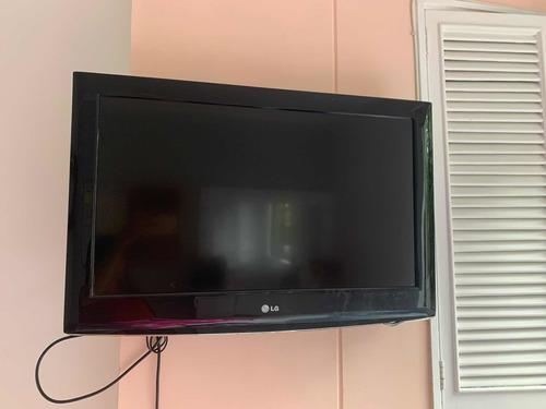 Imagen 1 de 4 de Se Vende Televisor LG De 32pulgadas, Perfecto Estado.
