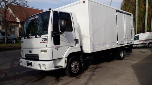 Ford Cargo 712 Semitermico