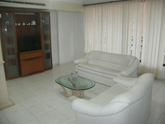 Apartamento En Alquiler Barquisimeto 20-18364 Jcg