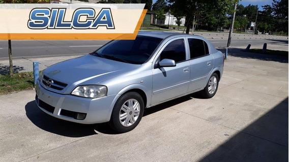 Chevrolet Astra Gl 2009 Gris Plata 4 Puertas