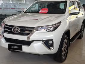 Toyota Hilux Sw4 2.8 Srx 2017 4x4 7 Lugares 16v Turbo