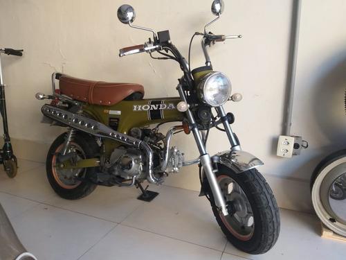 Imagem 1 de 8 de Moto Dax 50cc Honda Retro