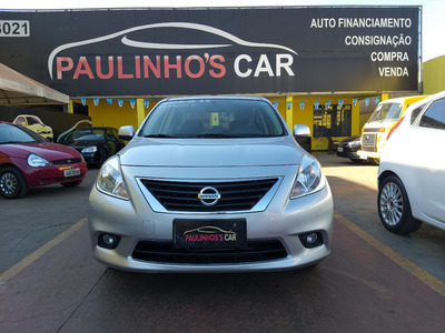Nissan Versa 2013 Prata 1.6 Completo 64000 Km