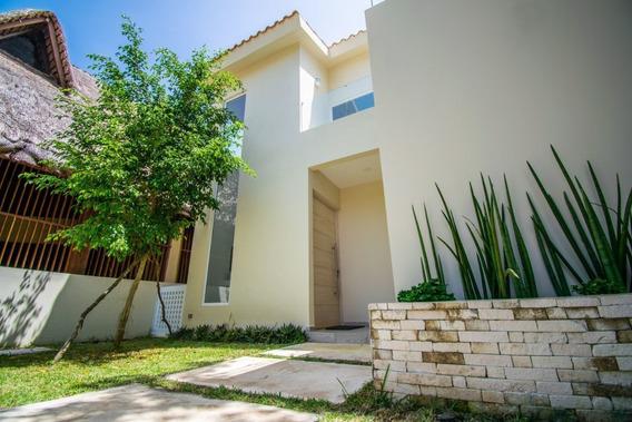 Excelente Residencia En Venta En Playa Del Carmen