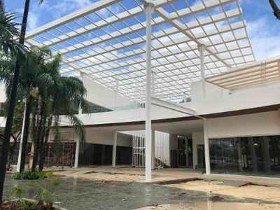 Renta De Oficinas Y Locales 272 M2 Cancún Centro Av.colosio Local 12