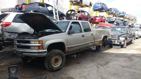 Cheyenne 1999.......motor 454 Vortec... 8 Birlos......yonkes