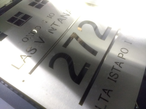 Imagen 1 de 3 de Letrero Acero Inoxidable 120x90 Cm Corte Láser Personalizado 6 Soportes Gratis