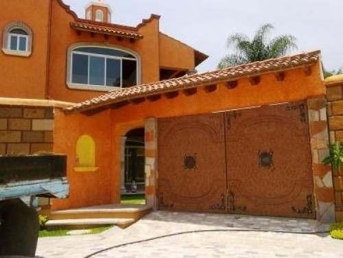 Venta Casa Nueva En Privada Con Alberca Lomas De Cuernavaca