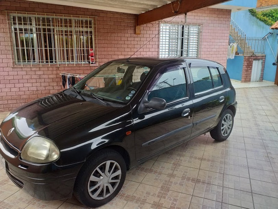 Clio Rn 1.0 Com Ar E Travas E Motor Zerado.