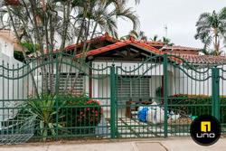 Linda Casa Para Oficina En Alquiler Sobre Av. Rene Moreno