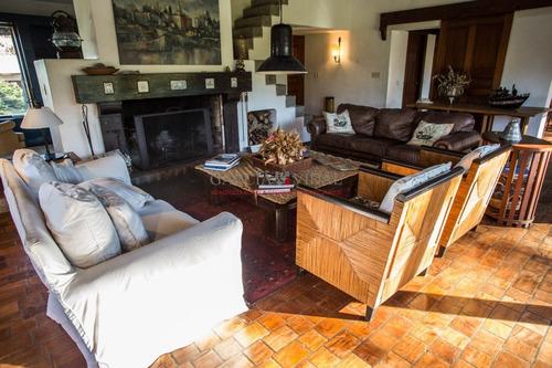 Casa En Venta Y Alquiler Zona  Golf, Punta Del Este, 4 Dormitorios- Ref: 2824