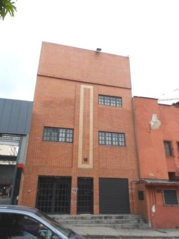 Edificio En Venta Carmen Salcedo Codigo Mls #17-14970