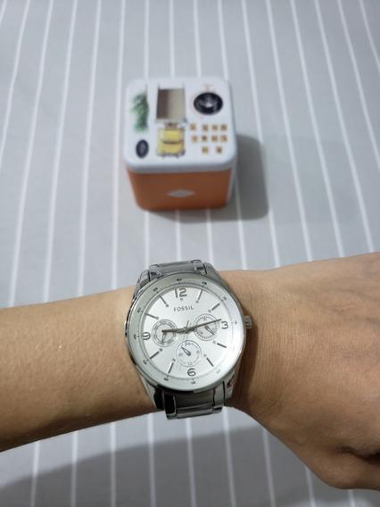 Relógio Feminino Fossil Bq1072 . Prata Usado Otimo Estado!!!