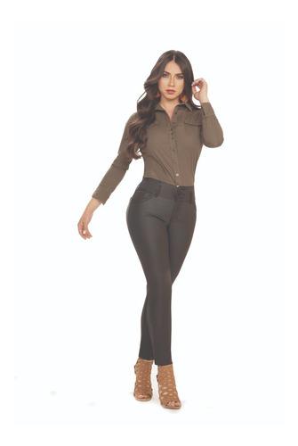 Imagen 1 de 2 de Pantalón Dama Efecto Cuero Gran Jeans Bota Tubo