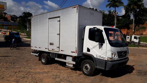 Mercedes-benz Accelo 815 2013 Branco