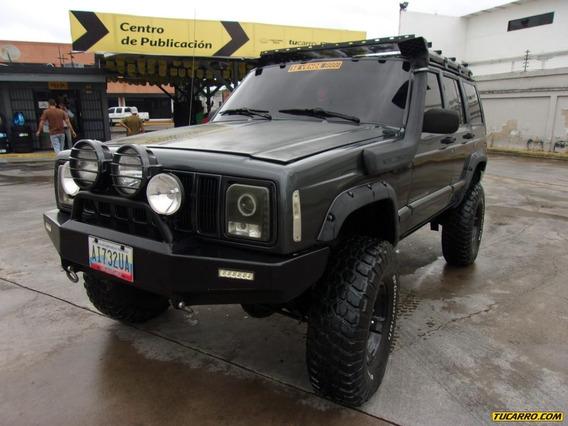 Jeep Cherokee Classi