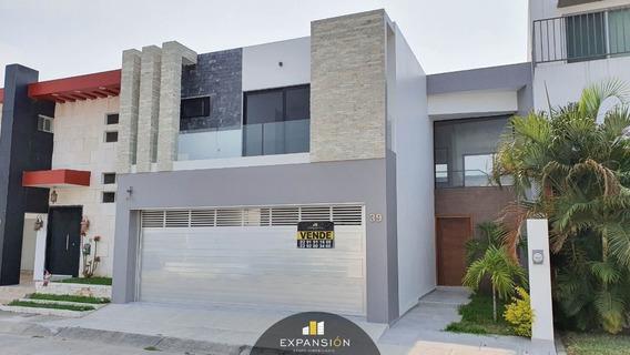 Casa En Venta De 3 Habitaciones En Las Palmas. Boca Del Río, Ver.