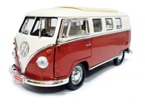 Volkswagen Kombi Microbus 1962 1:18 Vinho Signature Yatming