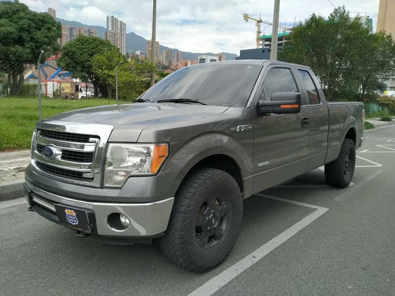 Ford F-150 Space Cab