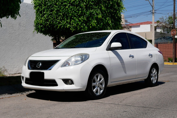 2012 Nissan Versa Advance Tm