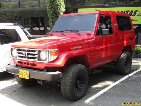 Toyota Land Cruiser Carevaca 4500 Cc Mt Diesel