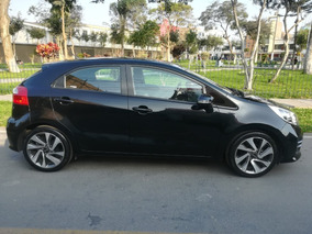 Kia Rio Hatchback Full Equipo