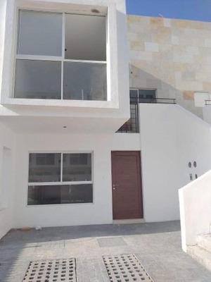 Casa Duplex Nueva En Venta En Juriquilla