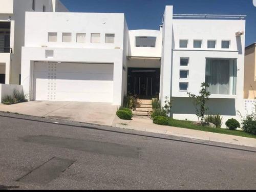 Casas En Venta Puerta De Hierro Chihuahua