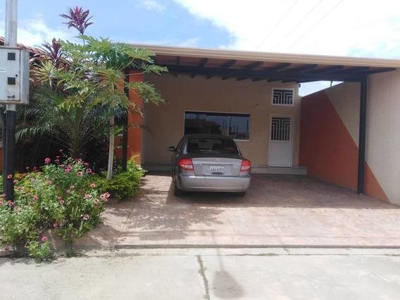 Se Vende Casa En El Conj. Resid. Terrasol