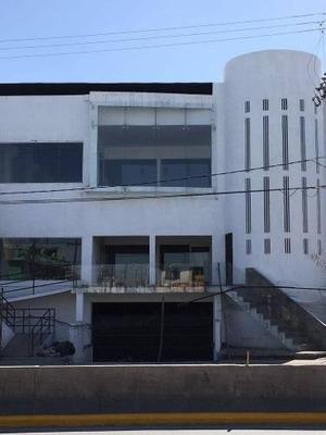 Local En Venta En Colonia Pedregal De Santo Domingo
