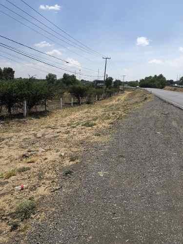 Terreno Frente Carretera Celaya - Qro. Cuota 2.4 Ha