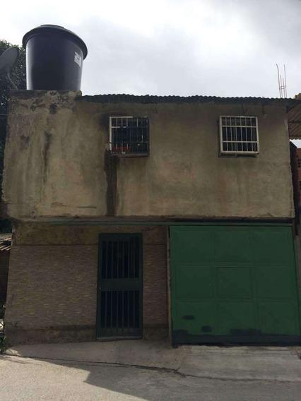 Casa San Isidro Petare Carretera Vieja Guarenas - Guatire