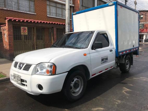 Nissan Frontier D22 Furgon