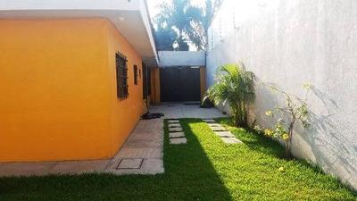 Vendo Casa Con Jardín En La Col. Plan De Ayala